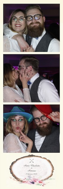 Blog-Domaine-Vertigneul-Mariage-Photobooth2-Pic-yourself